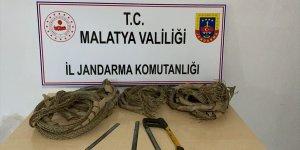 Malatya'da kablo hırsızları suçüstü yakalandı
