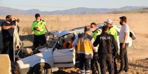 Kazada yaralanan sürücü de yaşam mücadelesini kaybetti