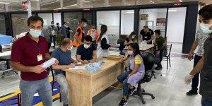 Bitlis'te tekstil atölyelerinde çalışanlara Kovid-19 aşısı yapıldı