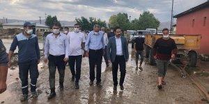Saray Kaymakamı Ataman, selden etkilenen bölgede inceleme yaptı