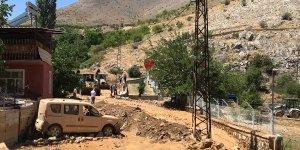 Malatya'da sulama kanalı blokları devrildi: 2 yaralı