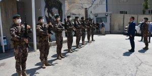 Hakkari Valisi Akbıyık, güvenlik güçleriyle bayramlaştı
