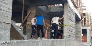 Erzincan'da bir inşaat bekçisi inşaatın asansör boşluğunda ölü bulundu