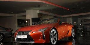 Lexus, üstü açılan otomobili 'Lexus LC 500 Convertible'ı Türkiye'de satışa sundu