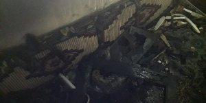 Muş'ta buzdolabının patlaması sonucu çıkan yangında ev kullanılamaz hale geldi