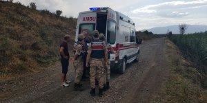 Erzincan'da Karasu Nehri'nde boğulma tehlikesi atlatan kişiyi arkadaşları kurtardı