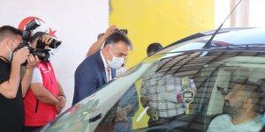 Vali Çağatay polis kontrol noktasındaki aşı çalışmasına katıldı