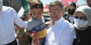 Gelecek Partisi Genel Başkanı Davutoğlu, Hakkari'de ziyaretlerde bulundu: