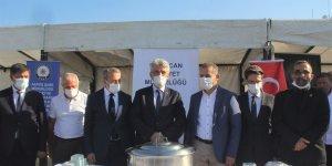 Erzincan emniyeti 2 bin kişilik aşure dağıttı