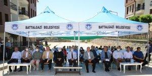 Battalgazi'deki depremzedeler köy tipi evlerine kavuştu