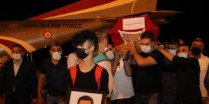 Pilot Serkan Mirzaoğlu'nun cenazesi memleketi Elazığ'a getirildi