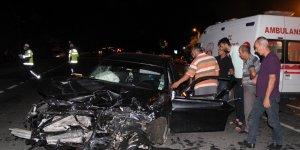 Erzincan'da trafik kazası: 10 aylık bebek hayatını kaybetti, 7 yaralı