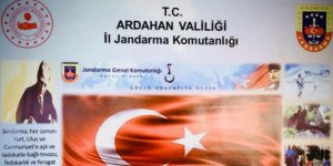 Ardahan'da arazide kendiliğinden yetişen 17 bin 686 kök Hint keneviri imha edildi
