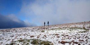 Kars'ta kar ve sonbahar renkleri güzel manzaralar oluşturdu