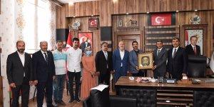 AK Parti Yerel Yönetimler Başkan Yardımcısı Yaman'dan Başkan Pekbay'a ziyaret