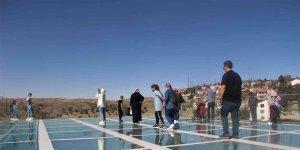 Tarihi Harput Kalesi turistlerin gözde mekanı haline geldi