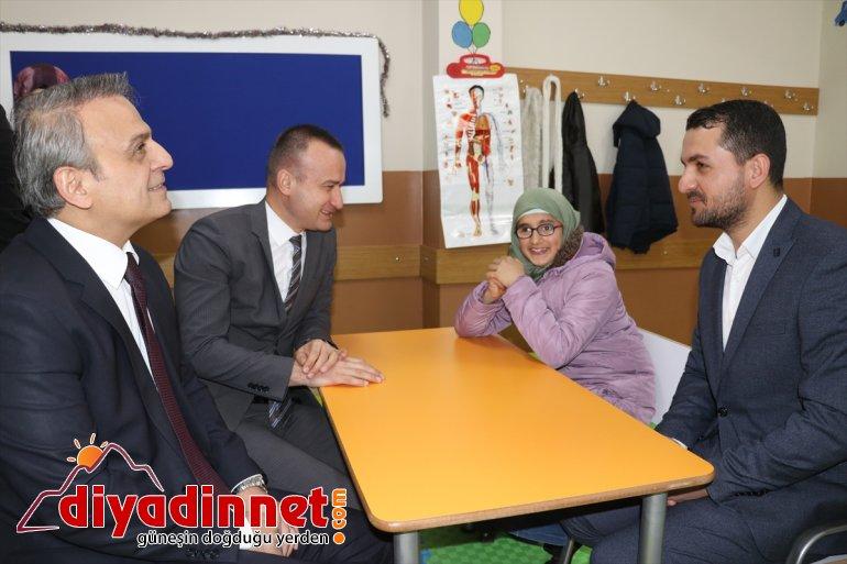Türk Kızılay'ın Ağrı'da yaptırdığı özel eğitim sınıfları hizmete açıldı2
