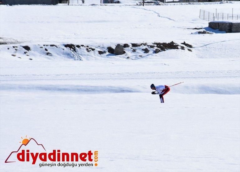 başladı - MUŞ Üniversitelerarası Kayaklı Koşu Şampiyonası Türkiye 12