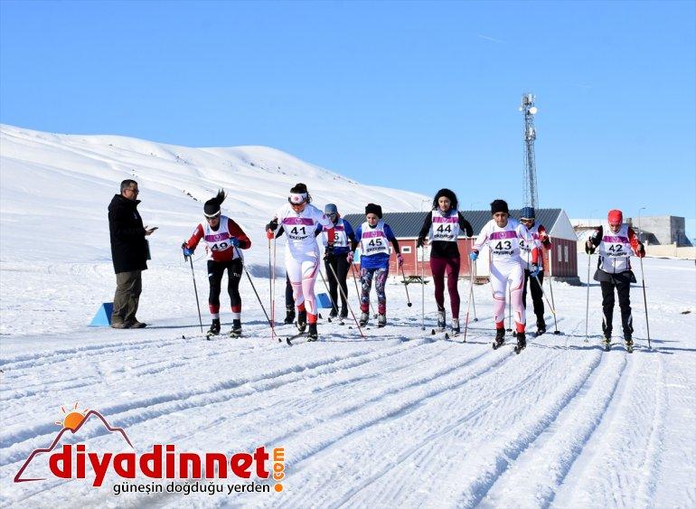 Kayaklı Şampiyonası başladı Koşu MUŞ - Üniversitelerarası Türkiye 2