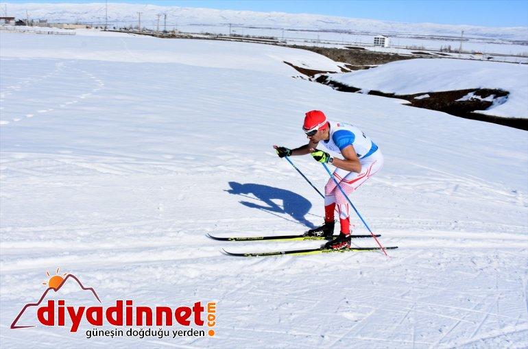 - MUŞ Kayaklı Koşu Türkiye Üniversitelerarası başladı Şampiyonası 14