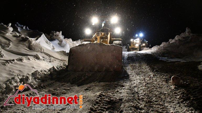 Ağrı'da kapanan köy yolları ulaşıma açılıyor
