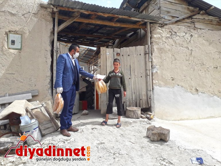 vatandaşlara dağıtıldı ücretsiz ekmek 21 Darende'de bin 7
