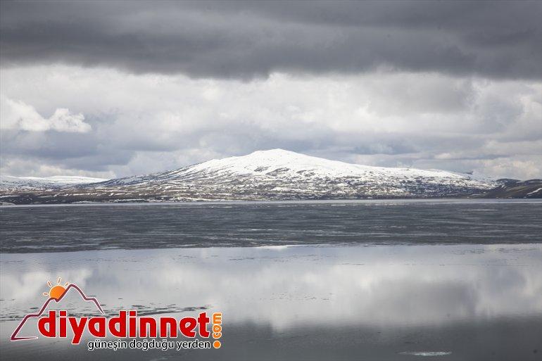 görüntüler Nazik oluştu çözülen güzel - Buzları BİTLİS Gölü'nde 9