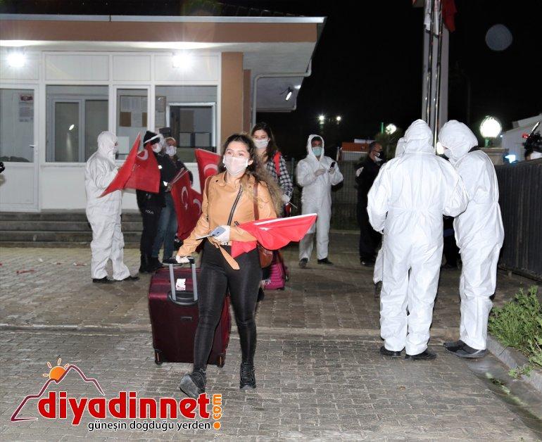 yerleştirildi yurda vatandaşı 189 Van'da getirilen Türk KKTC'den 19