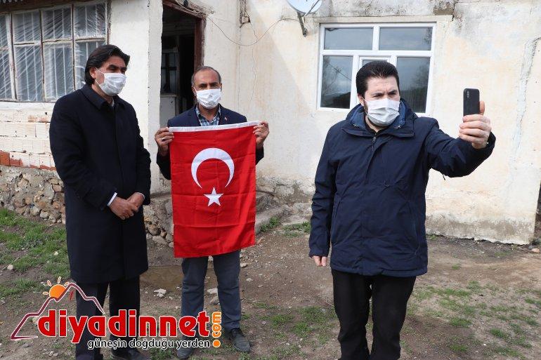 Cumhurbaşkanı Erdoğan Ağrı aileyle görüştü7
