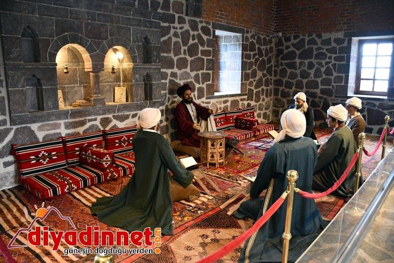 mekanlarında Kovid-19 Doğubayazıt'ın tarihi sessizliği 7