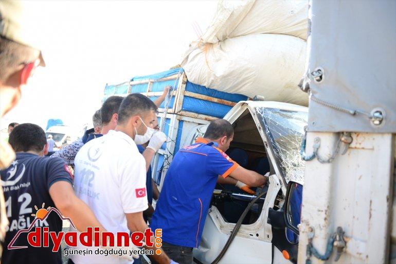 AFAD Zincirleme - kurtardı 2 kişiyi kazada IĞDIR sıkışan 3