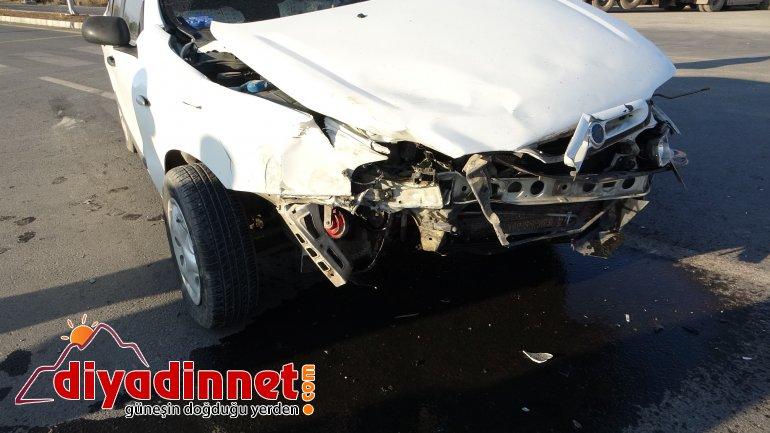 Ağrı da hız yapan araç kazaya sebep oldu4