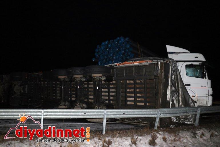 yolda trafik Buzlanma kazası: AĞRI nedeniyle yaralı zincirleme - 3 kayganlaşan 8