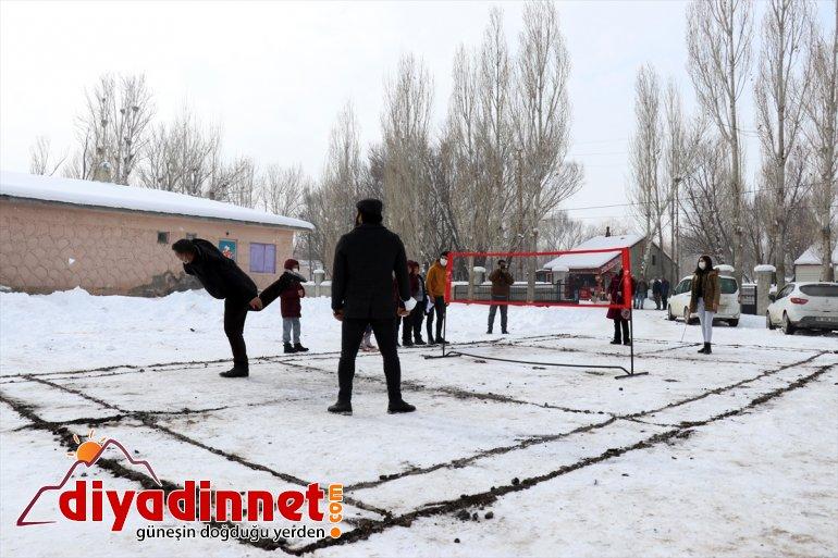 badminton - AĞRI hayvancılığa arası Köylülerden 25