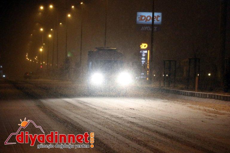 ve Kars'ta etkili kar oldu yağışı Erzurum, Ağrı 3