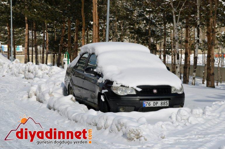 Ağrı'da kar yağışı ve soğuk hava etkili oluyor1