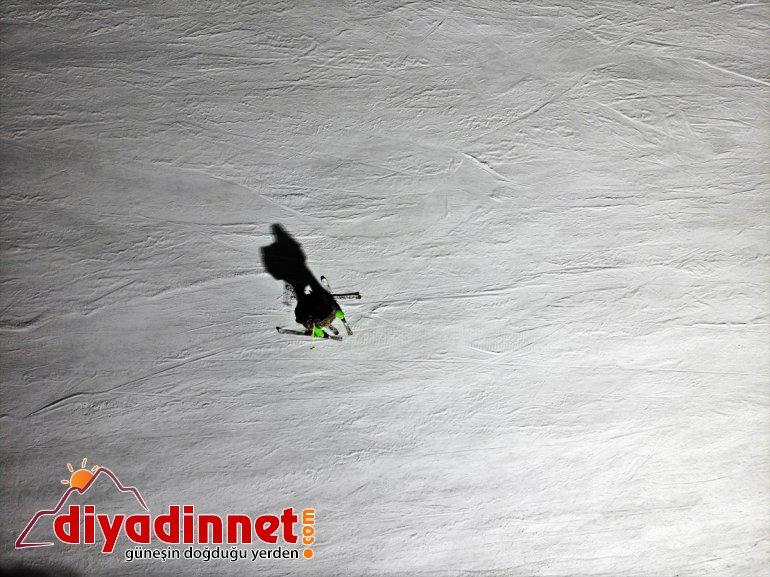 Merkezi de kayak Küpkıran geceleri sunuyor Pistleri Kayak - keyfi aydınlatılan AĞRI 17