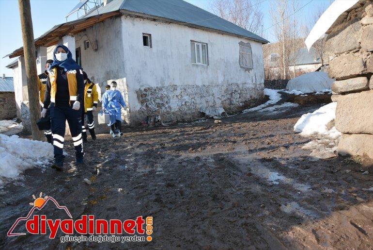 aşı demeden ve sağlık sürdürüyor çalışmalarını çamur çalışanları Ağrı'da kar 6