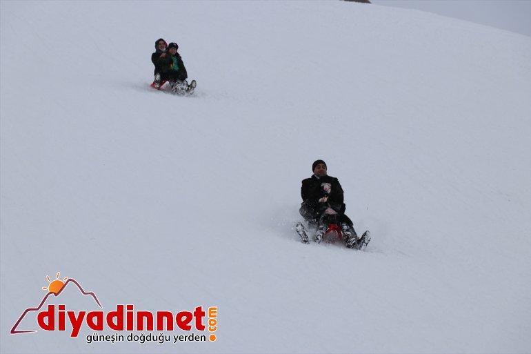 sonu Merkezi'nde Ağrı'daki hafta keyfi kayak Kayak yaşanıyor Küpkıran 14