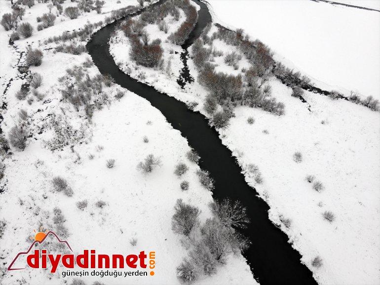 Ağrı da ilkbaharda yağan kar kara kışı aratmadı18