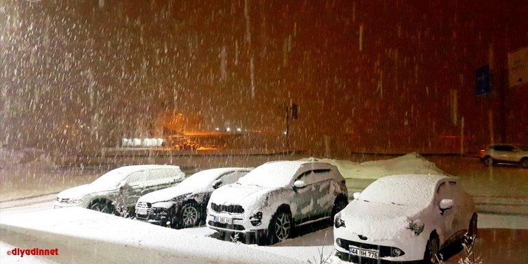 Bingöl'de kar ve tipi nedeniyle 56 yerleşim yerine ulaşım sağlanamıyor