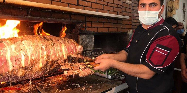 Restoranda nefes borusuna et parçası kaçan çocuk işletmeci tarafından kurtarıldı
