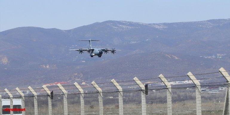 Suriye'de görev yapan 194 jandarma özel harekat personeli Bingöl'e döndü