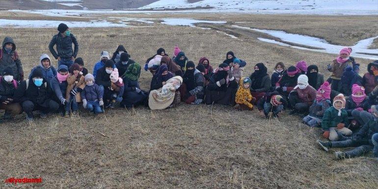 Van'da 59 düzensiz göçmen yakalandı