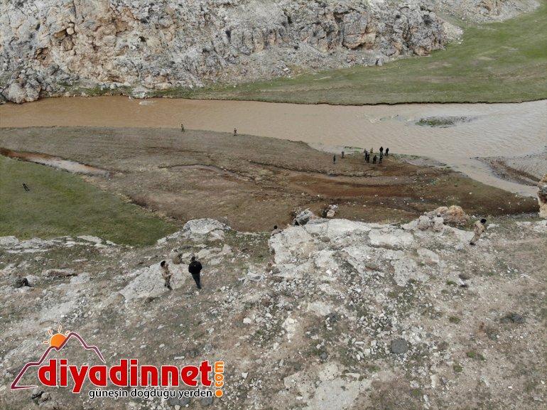 cesedi kaybolan bulundu Murat çocuğun düşerek - (2) Nehri'ne AĞRI 11