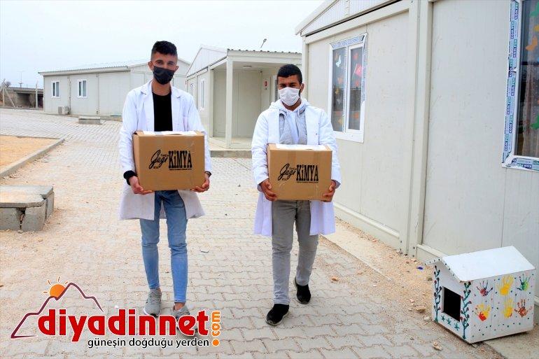 Elazığ'da kentlerde yardımı depremzedelere barınan 5,5 ton yapıldı konteyner hijyen kolisi geçici 2