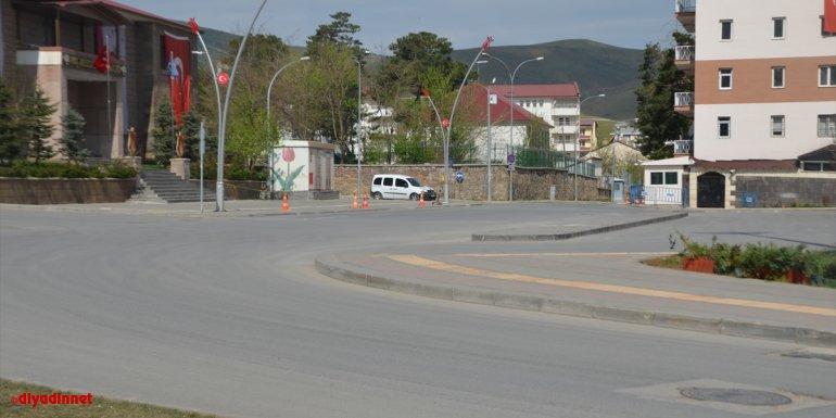 Van, Hakkari, Bitlis ve Muş, sokağa çıkma kısıtlamasıyla sessizliğe büründü