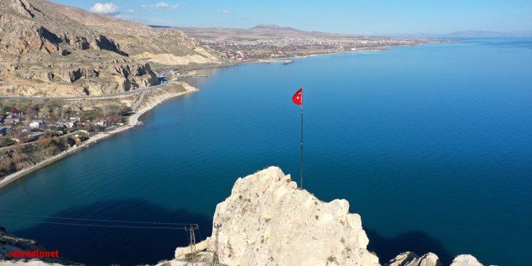 Van Gölü fotoğrafının NASA'nın yarışmasında birinci seçilmesi Bitlis'te de sevinçle karşılandı