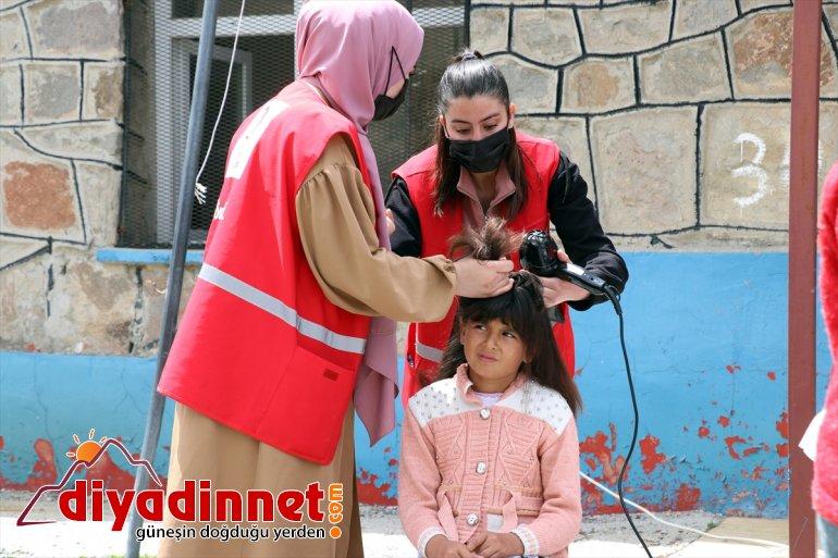 Kızılay yaşattı gönüllüleri kız çocuklarına bayram - AĞRI çifte kırsaldaki 14