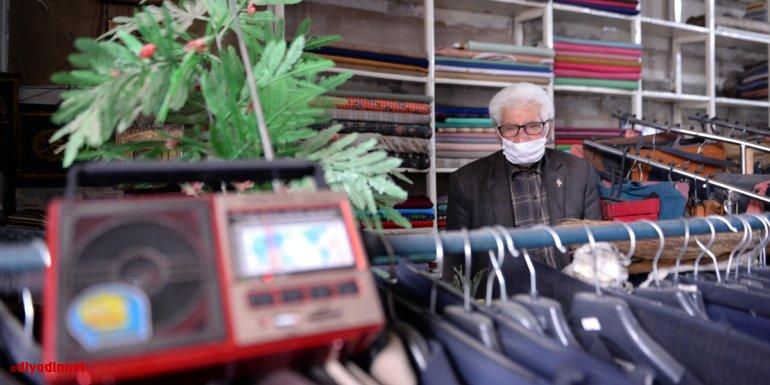 """Ardahanlı 92 yaşındaki esnaf Mecit Avşar'ın """"kademeli normalleşme"""" sevinci"""